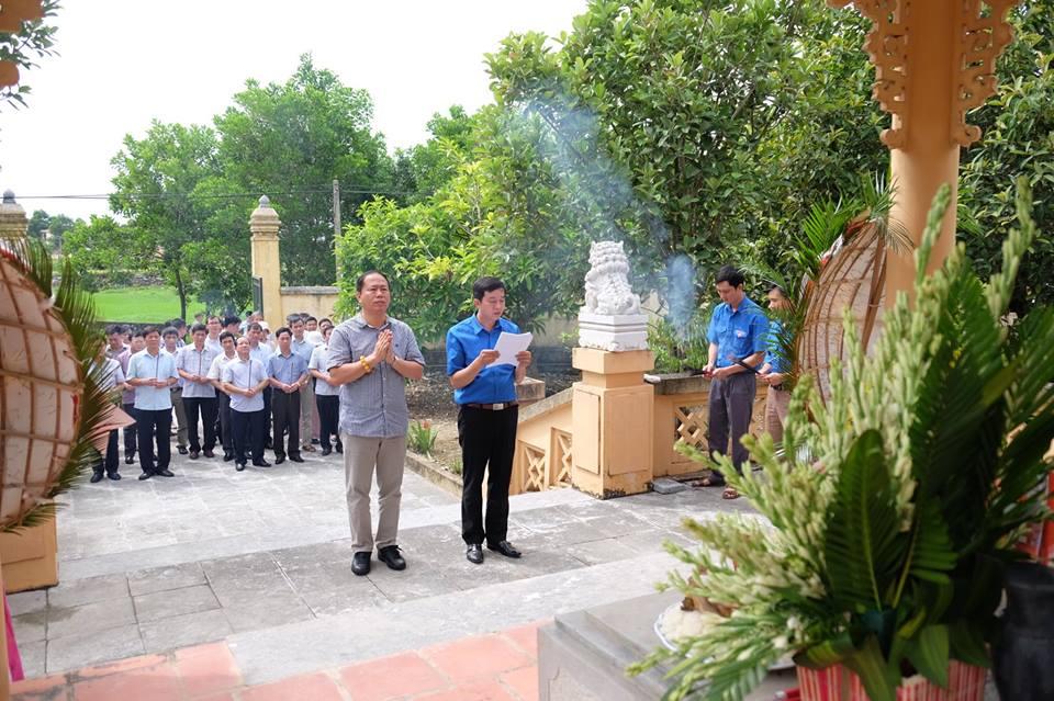 Tổng công ty ĐSVN dâng hương tưởng niệm, tri ân tri ân các anh hùng, liệt sỹ